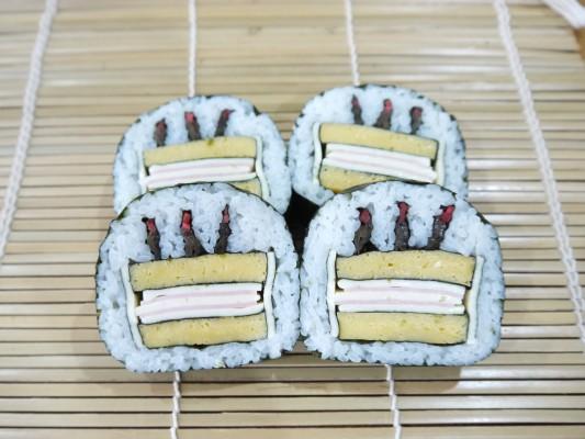 バースデーケーキ-533x400